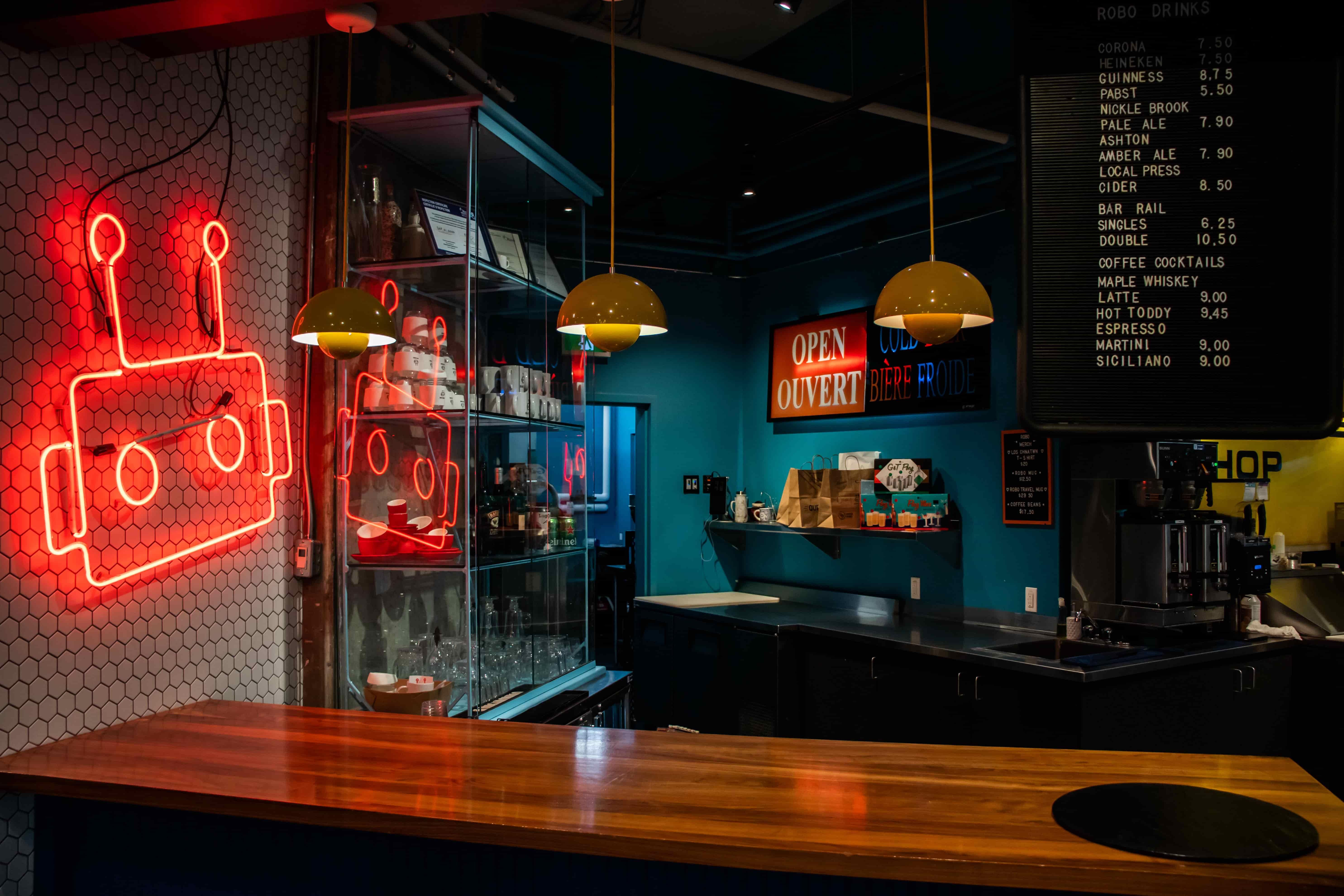 Bar Robo-11-min-min